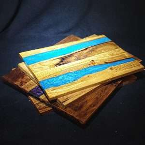 Home Decor - resin and wood boards